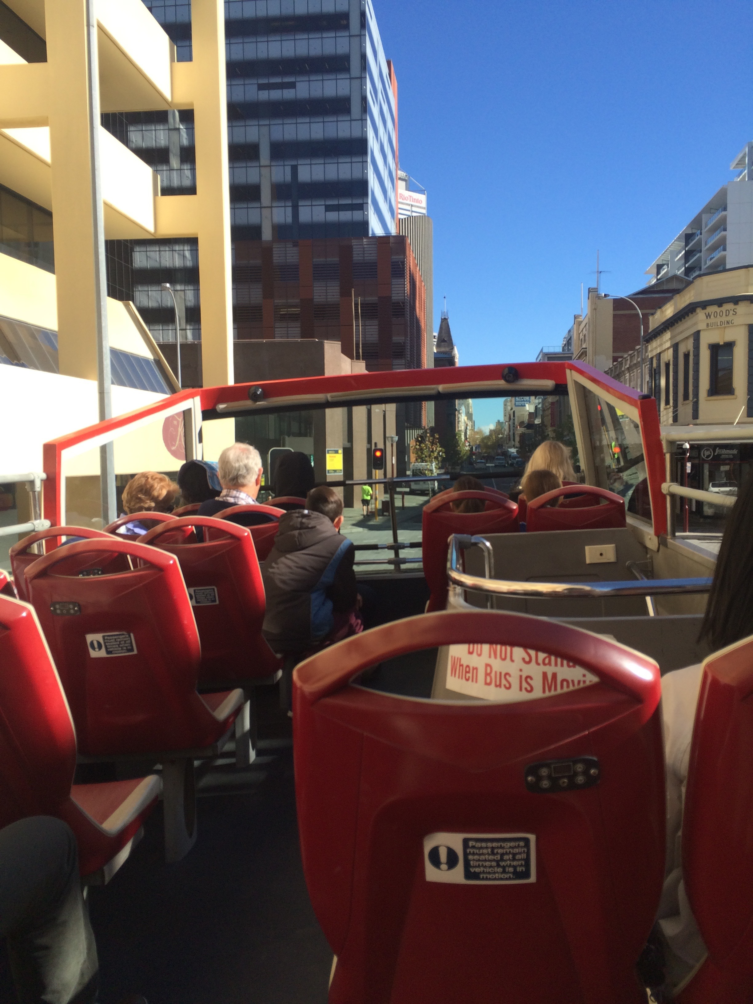 how to get off bus perth
