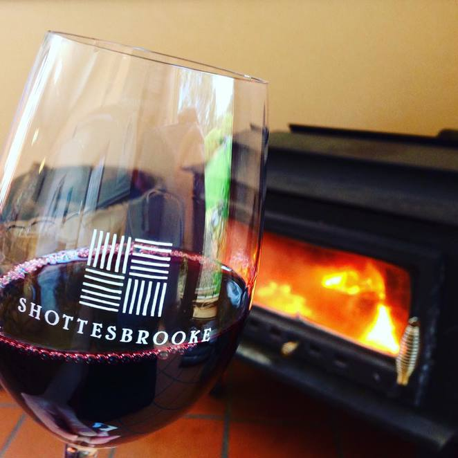 afternoon delights, shottesbrooke winery, wine, food, fun, music