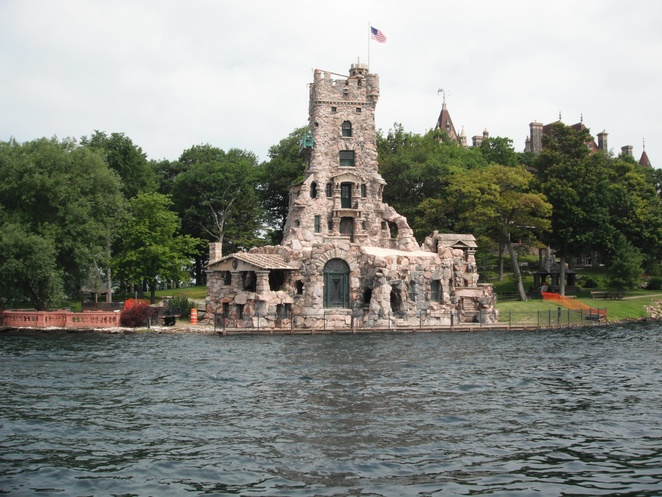 Alster Tower, Boldt Castle