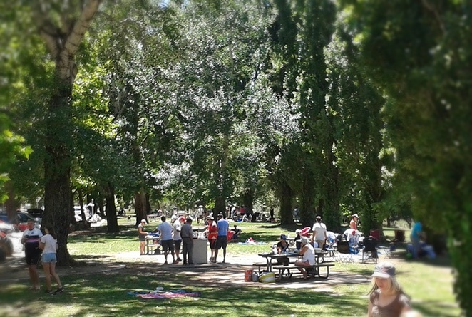 cotter avenue, canberra, ACT, murrumbidgee river, open christmas day, christmas day, BBQ, BBQ areas, popular,