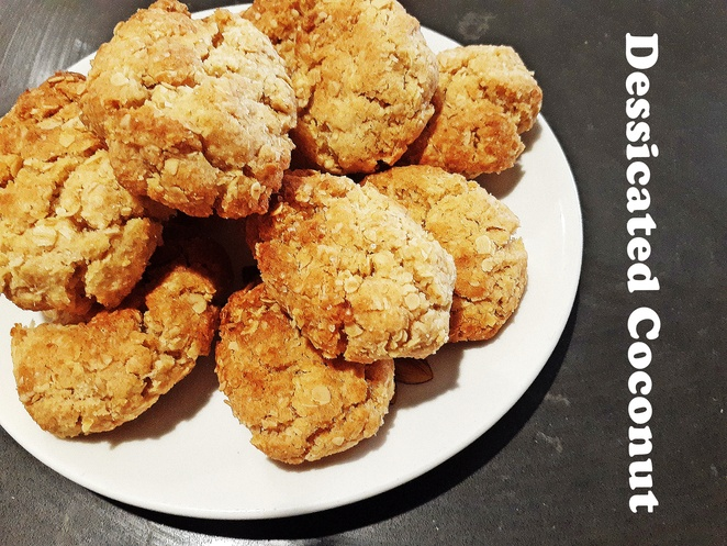 desiccated coconut, recipes, biscuits, anzac buscuits, oat biscuits, cookies, oats, coconut, baking, australia, golden syrup, honey, sugar, treats, kids, children, family,