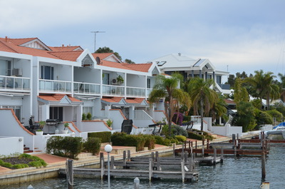 Million dollar homes with Jetty