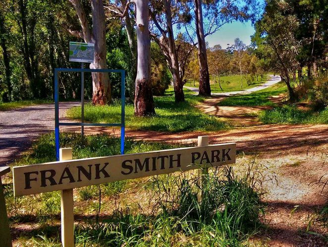 frank smith park, frank smith reserve, park and wetland, frank smith, coromandel valley, dog friendly, walking trails, dog heaven, wetlands, franks smith park and wetland