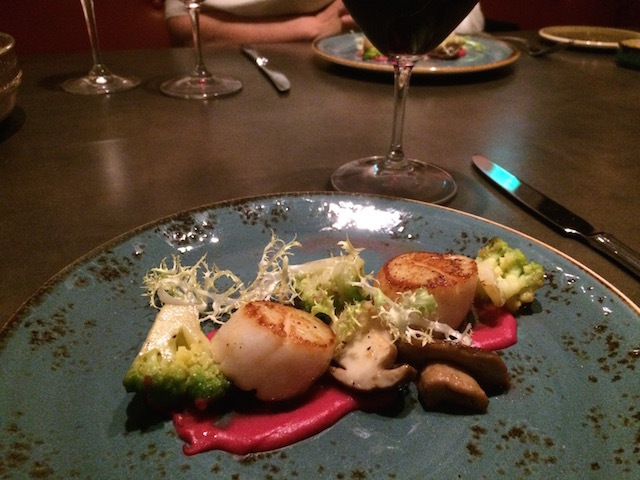 Hokkaido scallops with porcini and beetroot