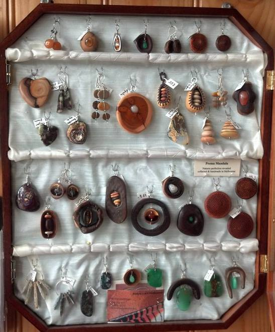 Jewellery at the Persimmon Tree