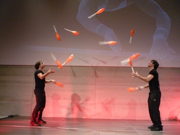 juggling,professionally