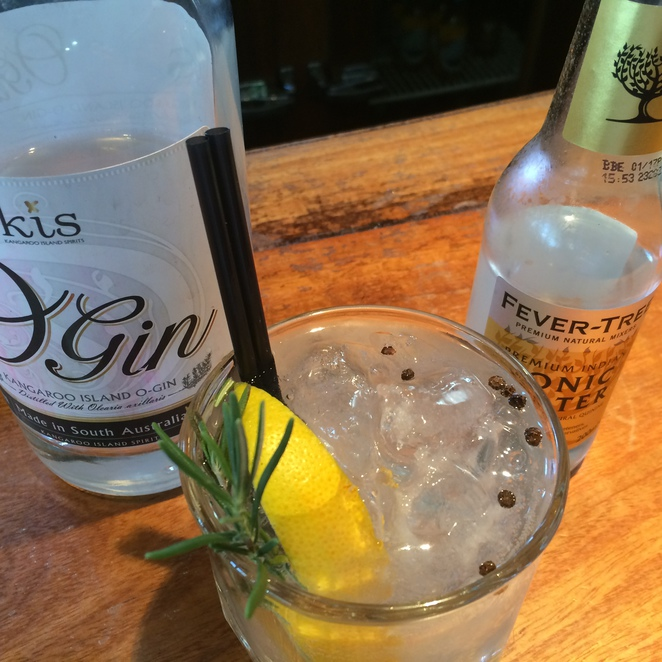 KIS O Gin and Fever-Tree Indian Tonic Water