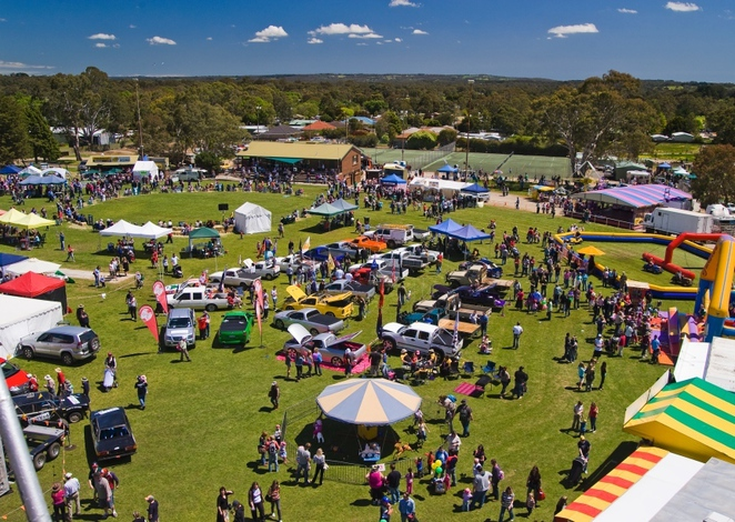 meadows country fair, meadows market, meadows hotel, meadows, south of adelaide, adelaide hills, battunga country, market stalls, kids activities, from the top