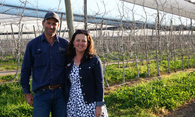 Daniel & Toni are the 3rd generation of apple farmers in Stanthorpe