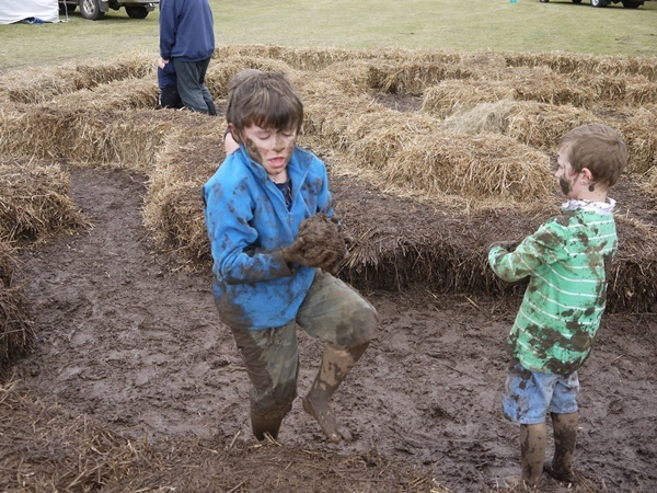 playing,in,mud