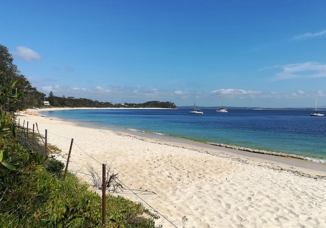 shoal bay, things to do, nelson bay, port stephens, NSW, swimming, kayaing, SUP, tomaree head summit walk, wreck beach, zenith beach, walks, bike rides, fingal bay, little beach, bays in port stephens, best bays, fishing, cafes, shoal bay country club,