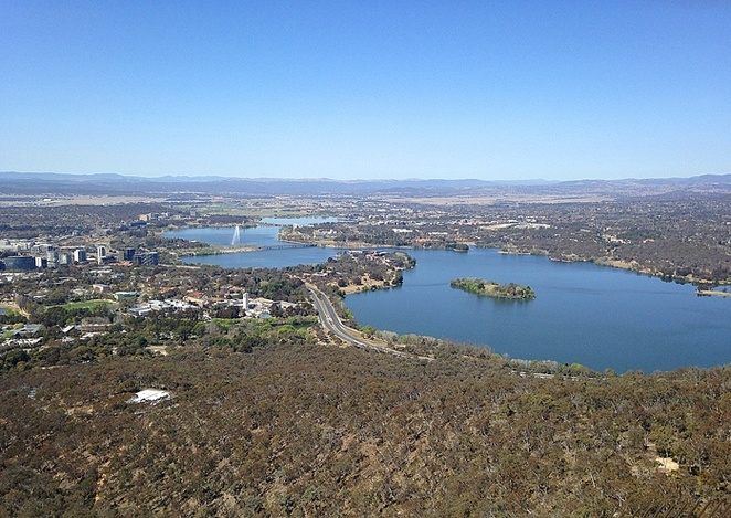 tesltra tower, canberra, views, lookouts, outdoor viewing platform, cafe, best views in canberra, ACT,