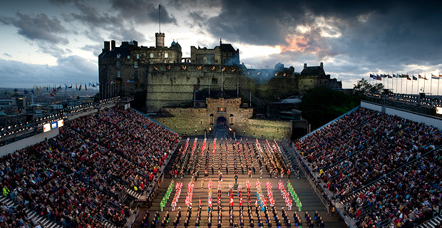 The Royal Edinburgh Military Tattoo is coming back to Australia in February 2016. This time the event will be held at Melbourne's Etihad Stadium and feature more than 1200 performers from around the world. [IMAGE=