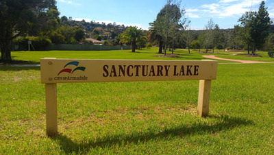 Sanctuary Lake in Armadale, Western Australia