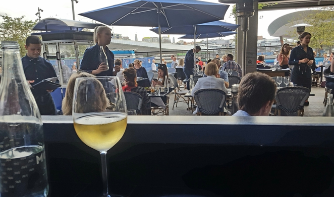 Al fresco, relaxed, lunch, views, groups, dinner, Barangaroo