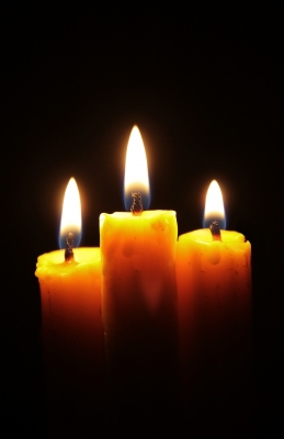 candles,flames,black background