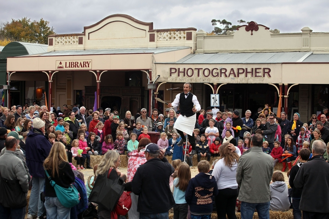 Clunes Booktown