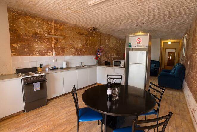 Coober Pedy, Desert View Motel, underground accommodation, hotels South Australia, outback luxury, opal mining, dugouts