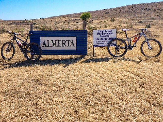 Flinders Ranges, Mountain bike, Camping, Almerta