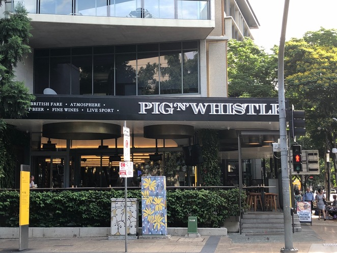 Pig And Whistle West End, The Pig And Whistle Brisbane, British Pubs Brisbane, West End Restaurants, West End Bars