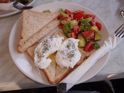 breakfast, poached eggs, bruschetta, cafe, bentleigh