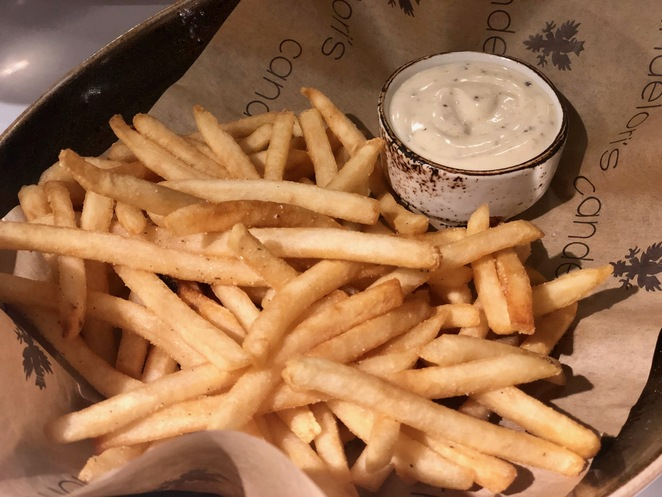 Candelori's shoestring fries