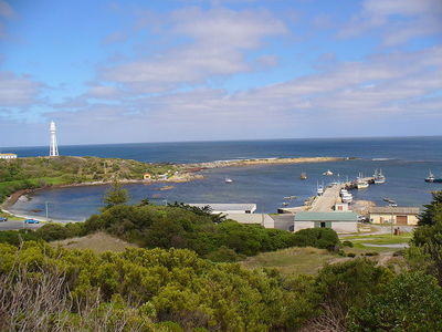 Currie Harbour at King Island. Image from Wikimedia Commons (Karl Barnfather).