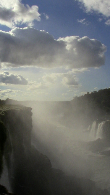 iguazu falls, the devil's throat, iguazu falls national park