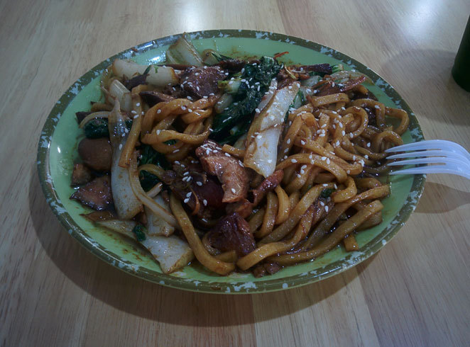 Noodle stir-fry at Chinese BBQ Heaven at The ANZAC Square Arcade