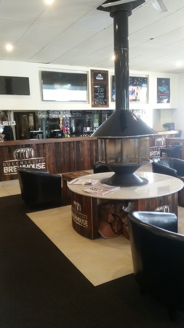 Queenscliff Brewhouse, Food, Lunch, Bar, Main Bar