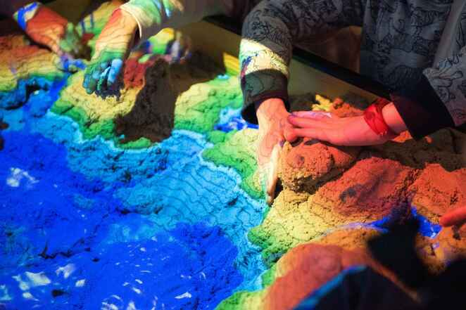 springfest, flinders university, science, experiments, free, shows, dance, performances, science experiments, entertainment, sustainability, nature play, sandbox, playtime, thermal imaging, selfies, movies, multimedia, gps technology