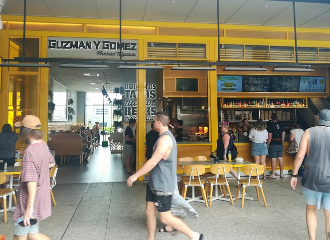 the courtyard, green hills, shopping centre, restaurants, cafes, breakfast, lunch, dinner, hoyts, timezone, newcastle, east maitland, NSW, stockland, guzman Y gomez,