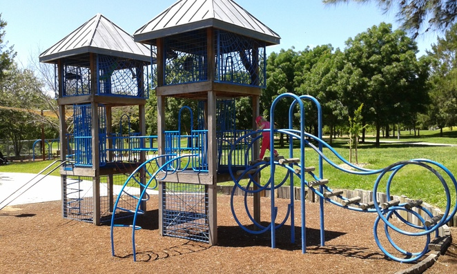 tuggeraong town park, canberra, playgorunds in canberra, free BBQ's in canberra, ACT,