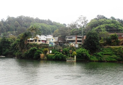 A view across the Tweed River, towards the YHA backpackers' hostel