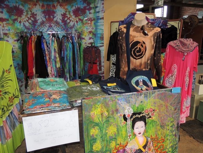 warehouse market, handmade crafts, artisan goods, in adelaide, antique furniture, second hand books, farmers market, bric a brac, adelaide showgrounds, tie dyed