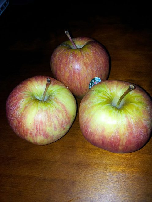 amazing uses for apples, unqiue uses for apples, unexpected uses for apples