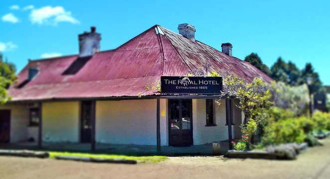 grazing restuarant, gundaroo, NSW, historical town, restuarant, fine dining, lunch, road trip from Canberra, country drive from canberra,