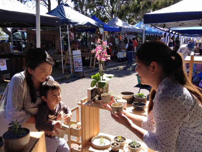 mulgrave farmers market, nuno and stitch, twilight market, craft, gifts, live music, entertainment, kids play zone, santa clause, christmas, shopping, festive season, holidays, merry christmas, happy new year