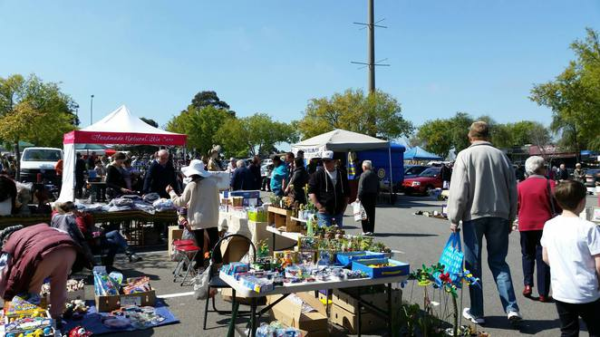 Rotary Tunstall Square Donvale Market