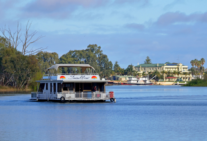 South Australia Adelaide Renmark Riverland Tours Travel Get Out Of town Escape The City Holiday Family Fun Weekend Escapes