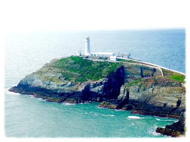 south stack, lighthouse, anglesey, north wales, north wales coast, isle of anglesey, holhead, visitwales, go north wales, lighthouse, haunted lighthouse, things to do on anglesey, gwynedd north wales