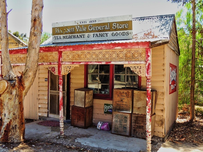 tailem town, ghost adventures, history of south australia, ghost tours, old tailem town, holiday in sa, about south australia, tourism, tailem bend, morphett vale