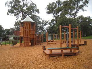 The Triangle Playground, The Basin