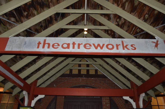 THEATREWORKS - Intimant Play Space