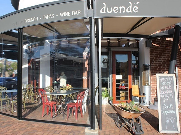 Three,course,dinner,at,Duende