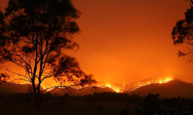 A photo of the fires by Adam Dederer