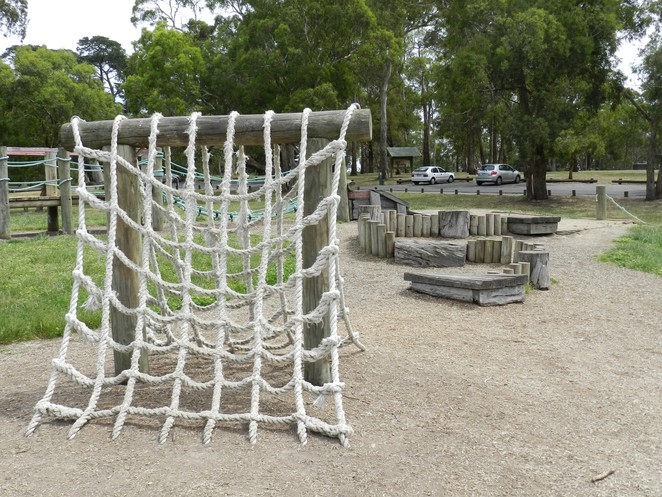 a-frame, rope climber, rope net, jells park, yabbie hill, pines picnic, playgrounds in melbourne, wheelers hill,