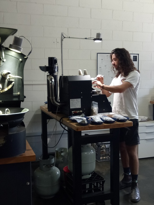Coffee roaster, cafe, aunty pegs, collingwood, coffee beans,