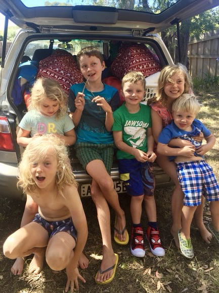 road trip kids travel tips family holidays