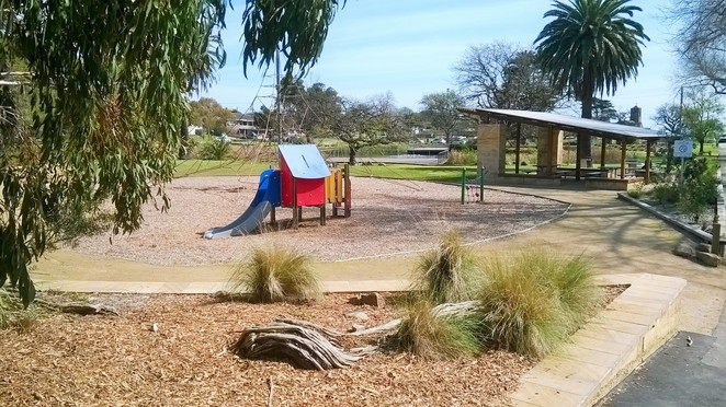 Beauty Park, playgrounds in Frankston, picnic grounds in Frankston, BBQ's in Frankston, children's playground